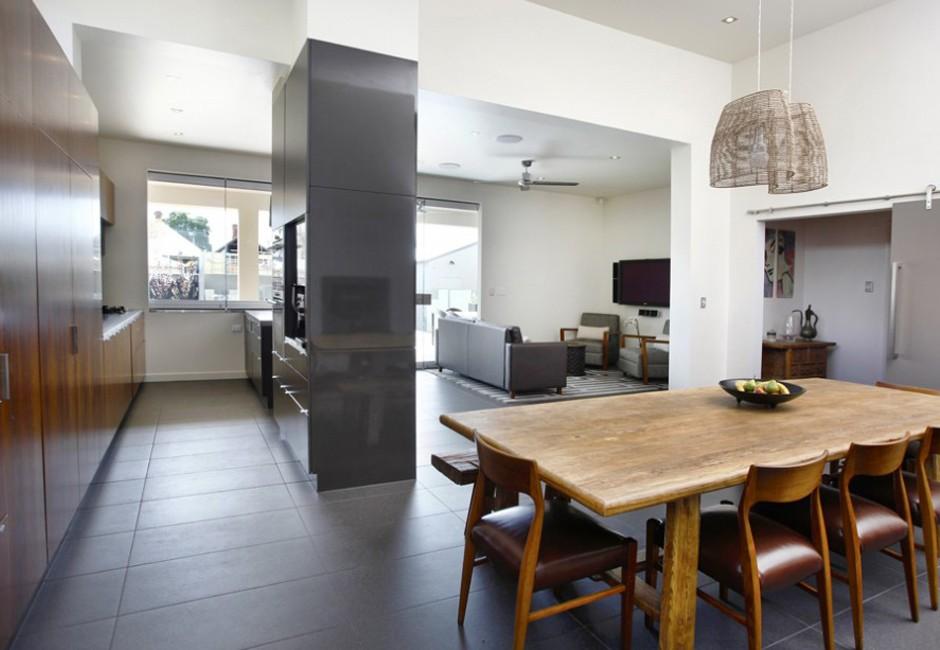villa-kitchen-dining-custom-veneer-joinery-koush-wayville-940x626