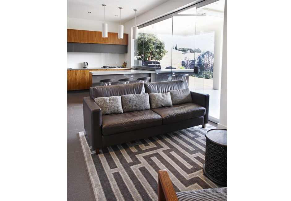 villa-living-room-custom-leather-sofa-koush-wayville-design